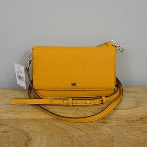 New Michael Kors Leather Phone Case Crossbody Bag